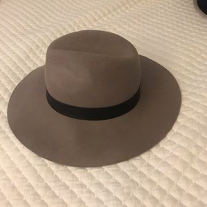 COPY - Topshop wide rim hat